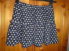 Cute black and white short summer flirty skirt, FOREVER 21, M, size 10-12