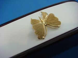 !VINTAGE 14K YELLOW GOLD BUTTERFLY BROOCH WITH SANDBLASTED FINISH, 4.3 GRAMS