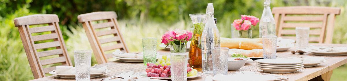 Aktion ansehen  Mediterranes Flair für Ihr Zuhause Frische Auswahl an Gartenmöbeln & Dekoration