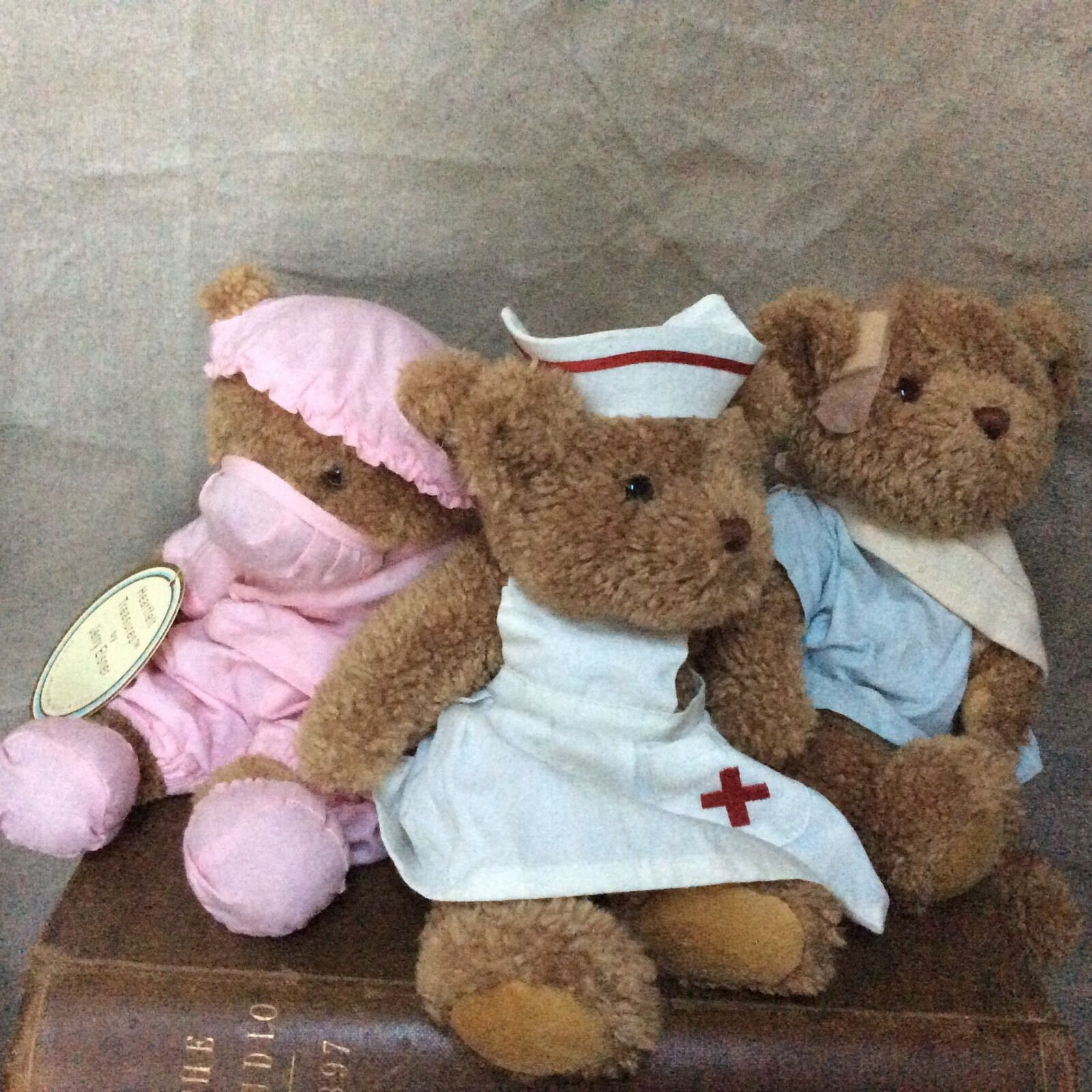 Teddy Bears Set NURSE PATIENT CANDIE Jerry Eisner HEARTFELT TREASURES 3pc Doctor