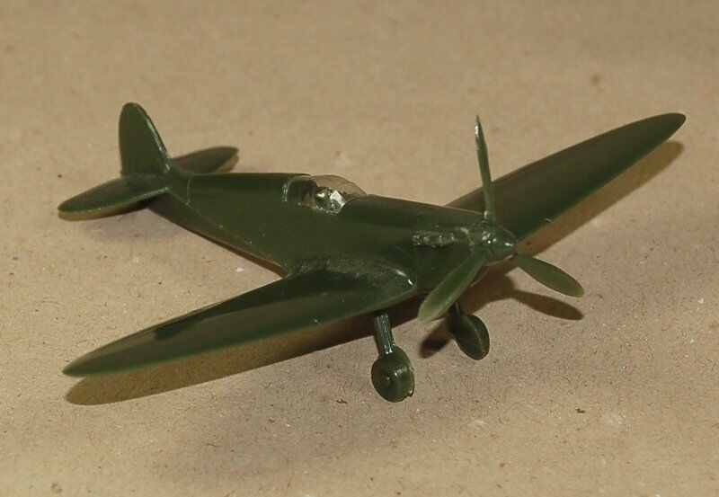 Faites plaisir à vos clients WIKING WM 1:100 Modèle d'avion-SUPER MARINE SPITFIRE avec 3 feuilles-Hélice | Ingénieux Et Pratique