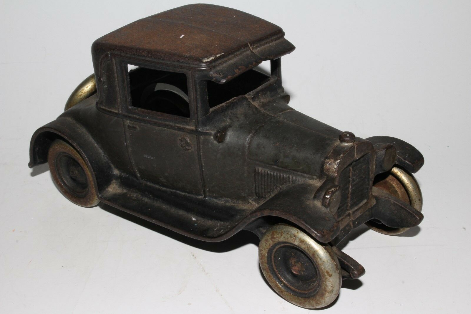 Arcade Cast Iron 1928 Chevrolet Coupe, Original