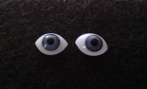 1 Pair Vintage 9mm Blue German Hand Blown pinch Back Oval Glass Doll eyes