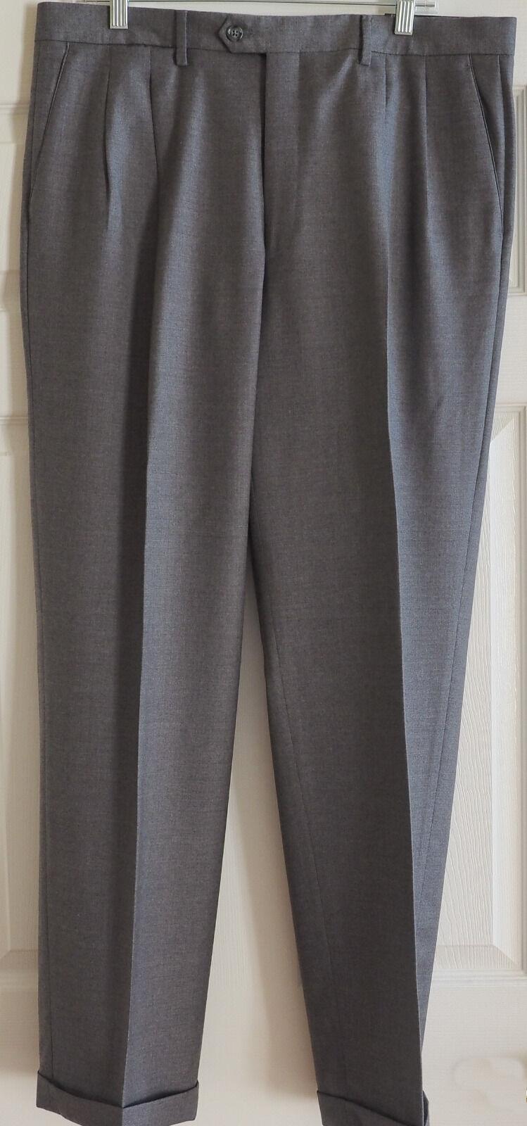 Men's Kirkland Signature Italian Wool Pleated & Cuffed Dress Pants, 36 32, NWT