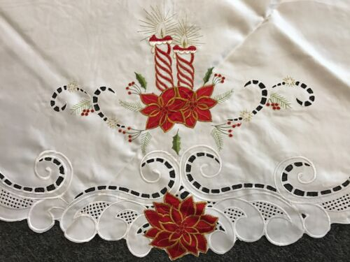 """Christmas 72x90/"""" Embroidered Poinsettia Embroidery Oval Tablecloth Polyester"""
