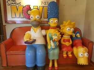 RARE-HTF-The-Simpsons-Life-Size-Complete-Theater-Display-Sale-Figurine-Full-Size