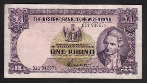 NEW ZEALAND P159b. 195556 One Pound Wilson. Prefix 011.. aVF
