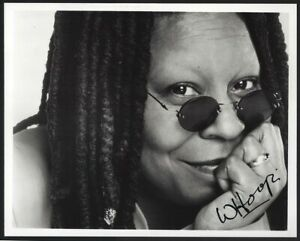WHOOPI GOLDBERG 8x10 signed photo