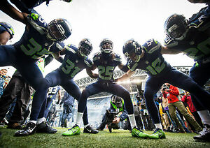 Seattle Seahawks NFL Huddle Art Giant Framed CANVAS PRINT A0 A1 A2 A3 A4