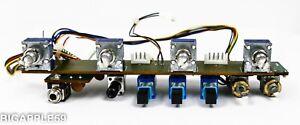 Icom IC-R9000 Radio Receiver AF / Squelch / Bass / Treble Pot & CRT Controls