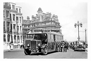 pt6594-Southdown-Bus-no-522-at-Eastbourne-in-1949-photograph-6x4