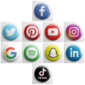 Social-Media-Logo-Icons-Pinback-Tasten-Facebook-Instagram-Tik-Tok-1-034-Pins