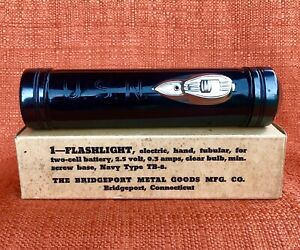 US-Navy-Military-Flashlight-in-Original-Box-Unissued-and-Unused