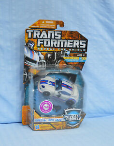 Transformers Reveal The Shield JAZZ Special Ops Deluxe RTS MOSC sealed Autobot