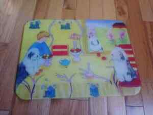NEOESR-AUCTION-OES-GLASS-CUTTING-BOARD