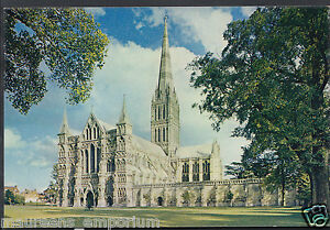 Wiltshire Postcard - Salisbury Cathedral, West Front      LC6304