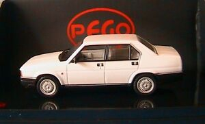 ALFA-ROMEO-90E-BERLINA-2-5-STRADALE-1986-BIANCO-PEGO