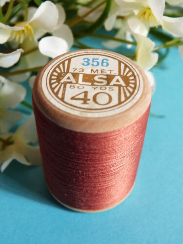 319B// BELLE BOBINE DE FIL DMC COTON ALSA N° 40  MARRON ROUILLE  N° 356