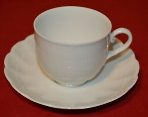 Kaiser Romantica All White Flat Cup & Saucer Sets, Excellent Condition