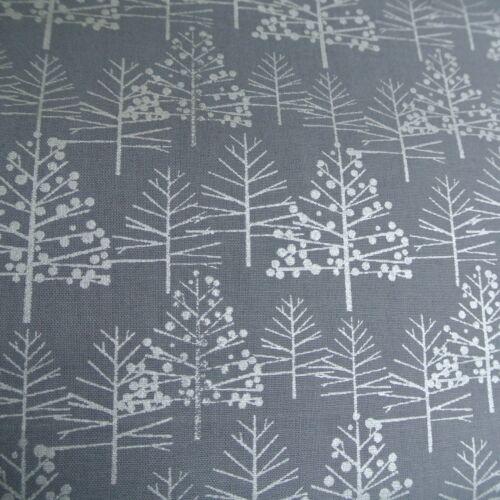 100/% Cotton Christmas Fabric Metallic Xmas Trees Silver Gold Fat Quarter Grey