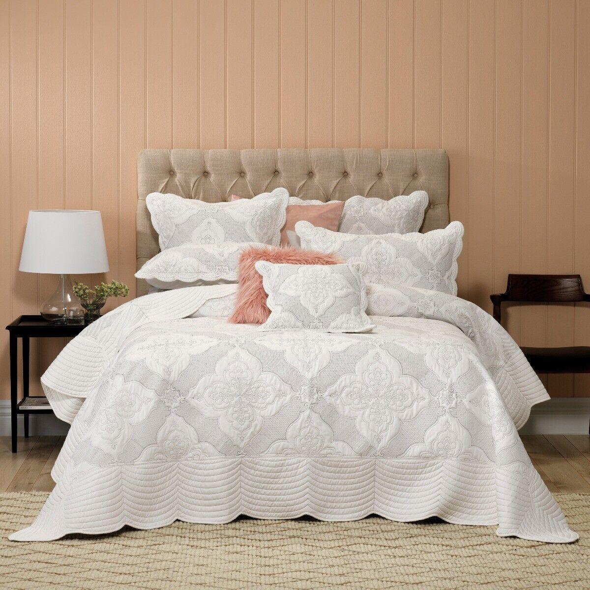 Weiß Madison Bedspread Set Weiß