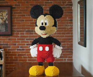 LEGO-Mickey-Mouse-Sculpture-3-039-Tall-9-000-Bricks-Proceeds-to-Charity