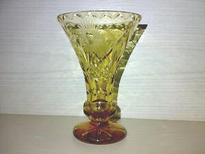 Glas-Vase-Glasvase-Art-Deco-Braun-Bernsteinfarben-mit-Schliff-H-16-5-cm-LOOK