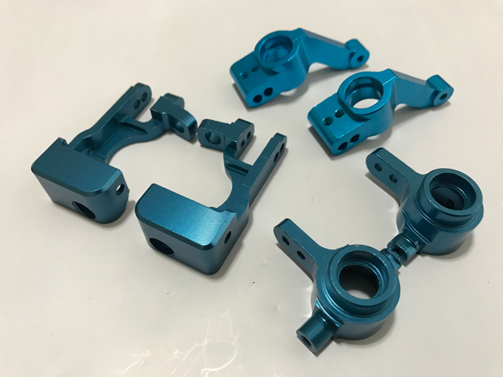 Aleación de directivo C-hubs Nudillos Eje Portadores bloque Traxxas Stampede 4x4 Azul