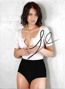 Lauren-Cohan-HAND-signed-Autographed-photo-w-COA-RARE-HOT-SEXY