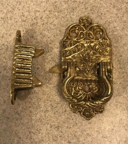 Antique Victorian Style Cast Brass Ice Box Door Latch Right Hand