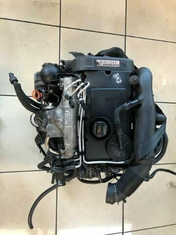 VW GOLD 5 2.0 TURBO DIESEL BKD  FOR SALE  R18000 SPECIAL