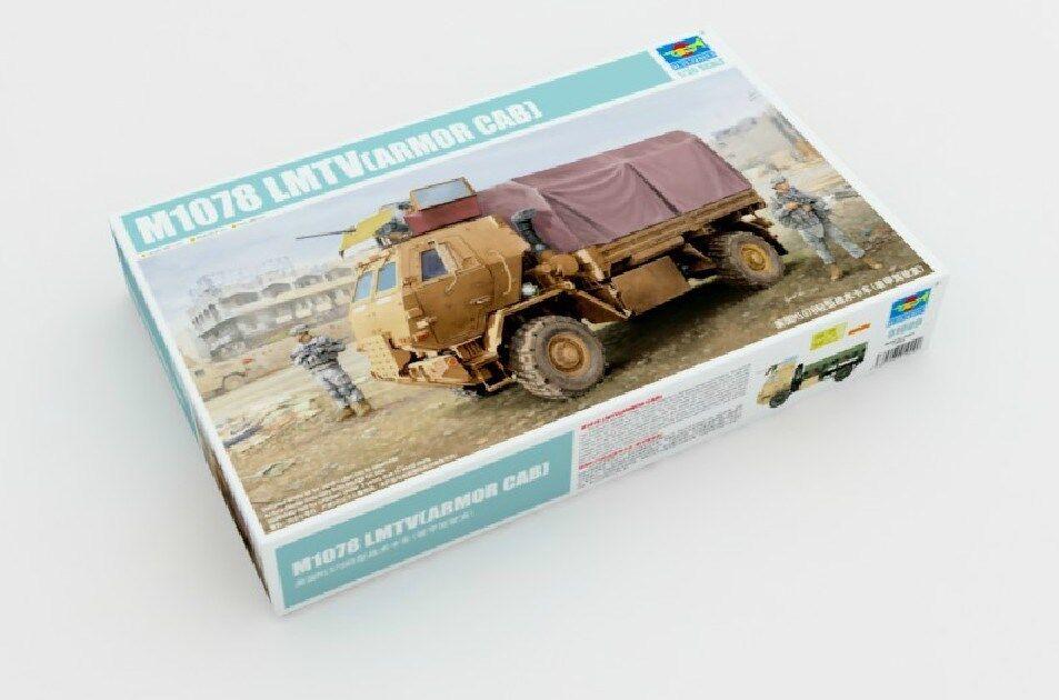 01009 Trumpeter  American M1078 Light Strike Vehicle Car 1 35 Model Kit Cab