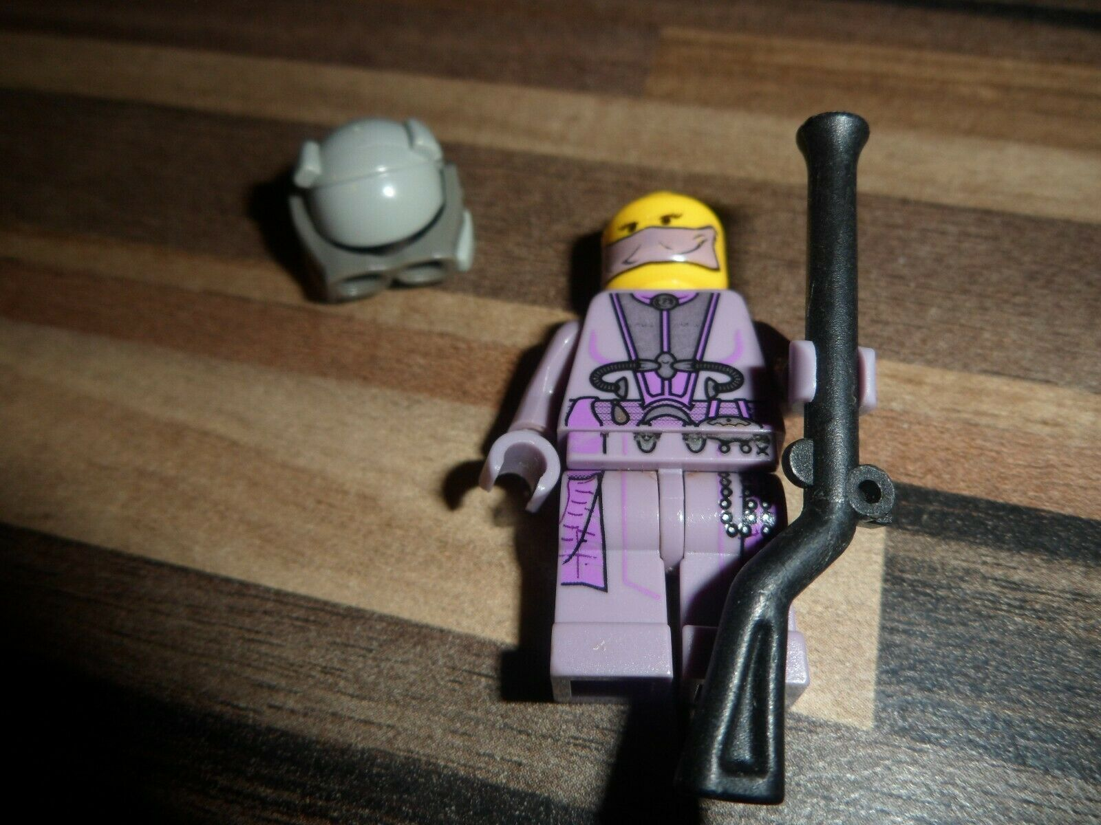 Lego Star Wars Minifigure Zam Wesell Bounty Hunter Pursuit - 7133  GENUINE VGC