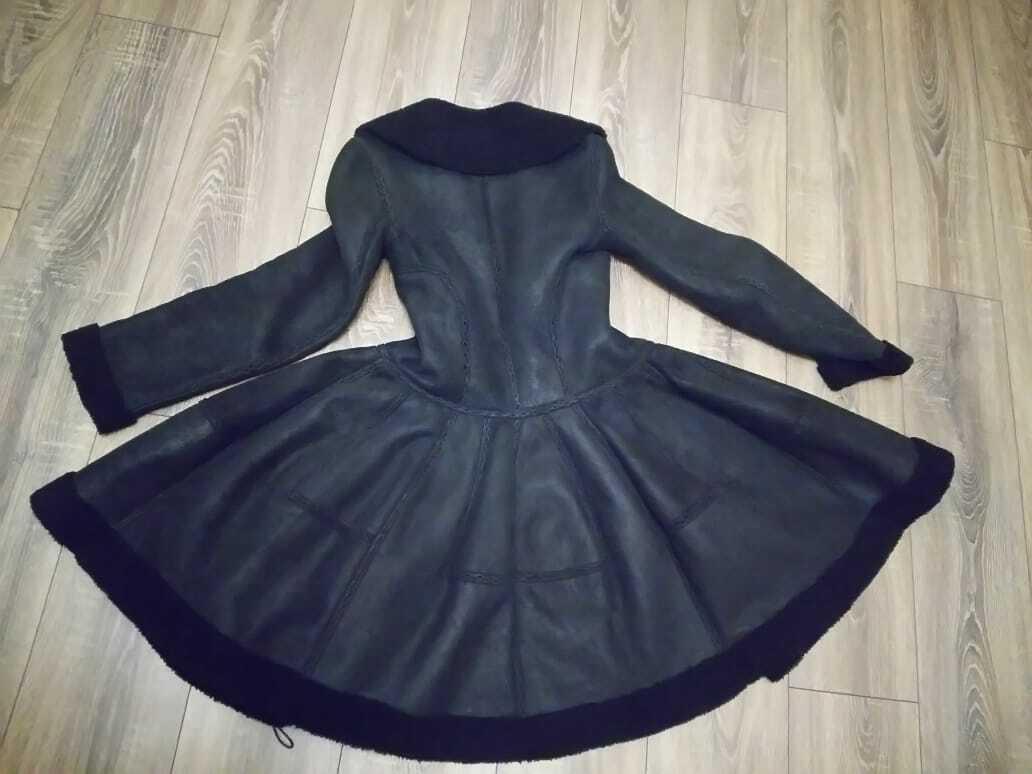 Alaia black  suede-Leather Shearling Princess Ple… - image 4