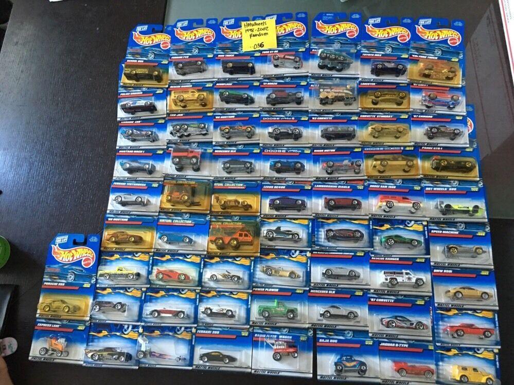 heta hjul 1998 -2002 Random No Doubles Lot 65 bils -- 036