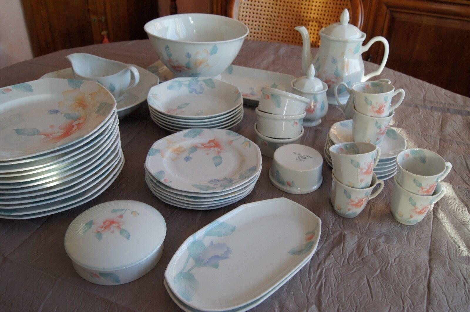 Service de table  Fidji  porcelaine de Sologne bon état