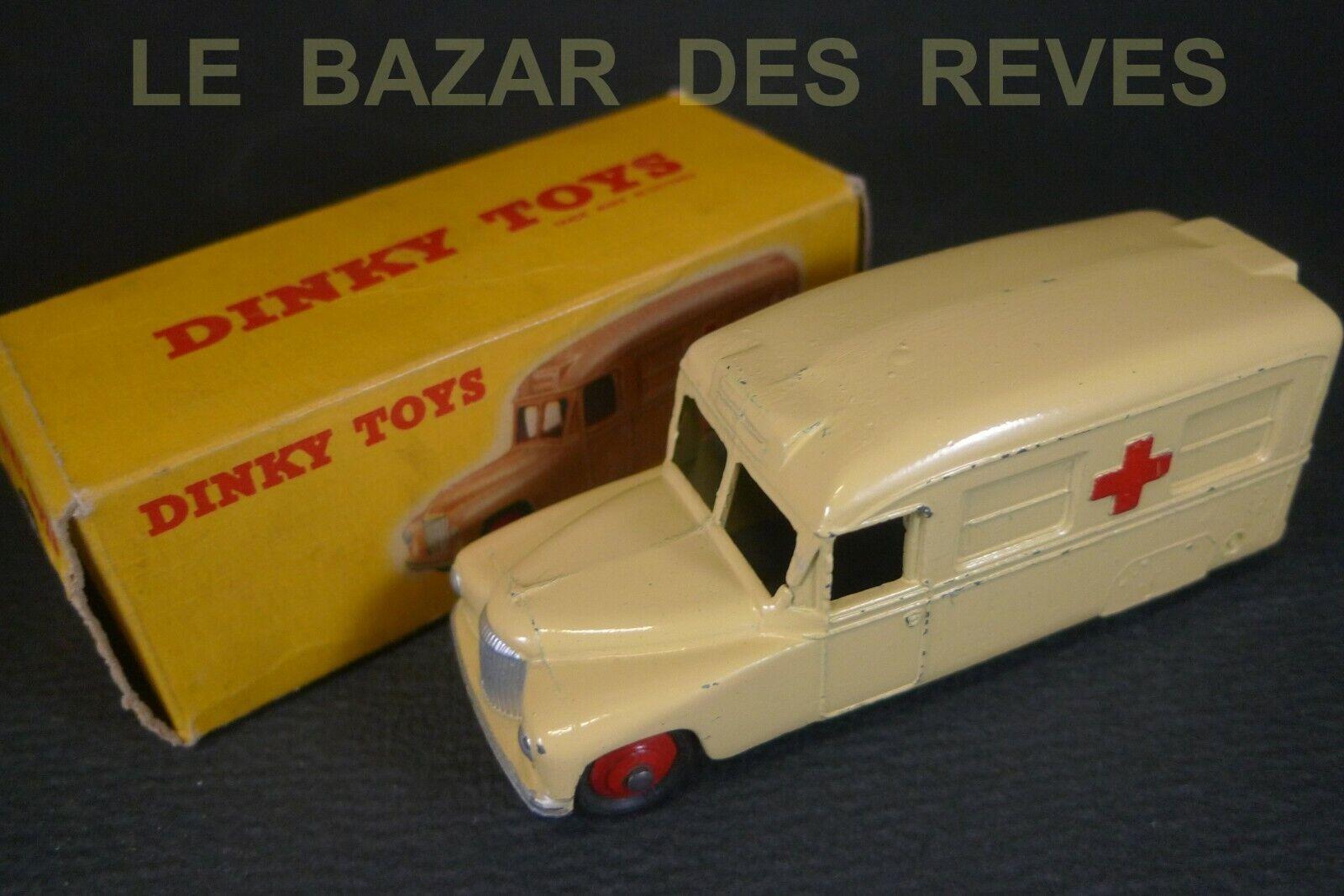 DINKY TOYS GB. DAIMLER ambulance. REF  253. + Boite (crème)
