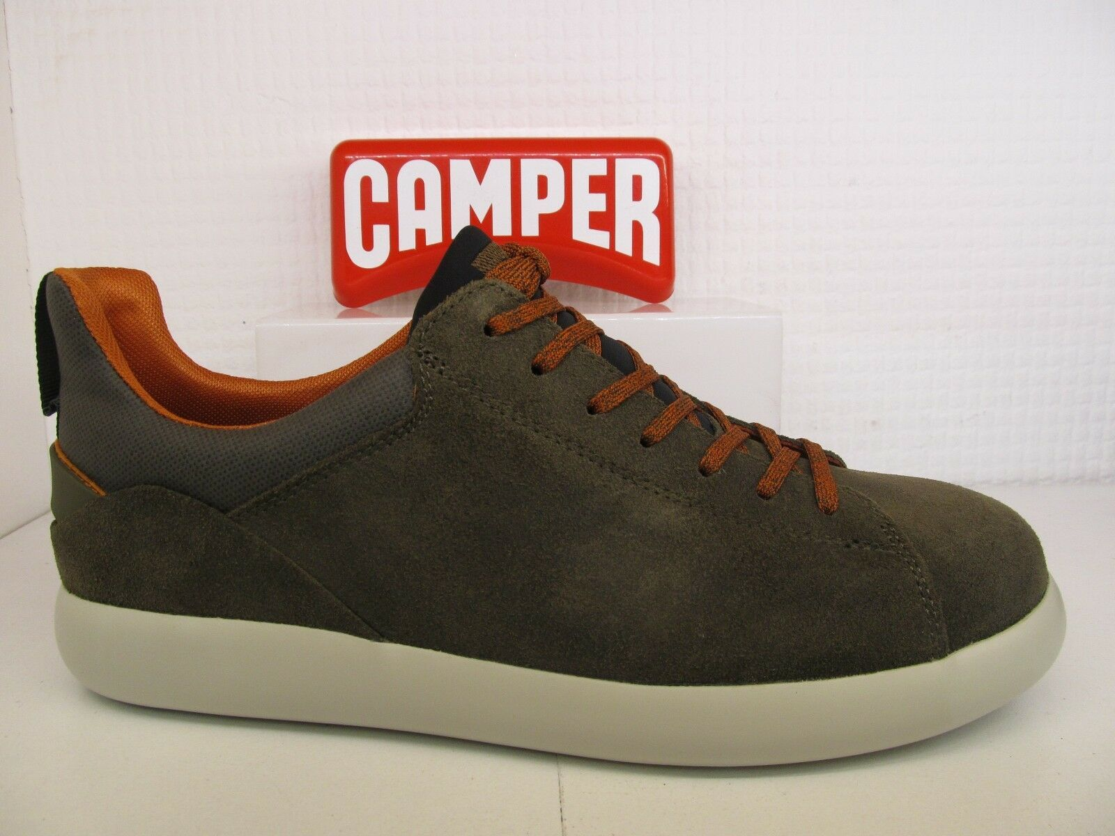 Camper Pelotas Capsule X K100374-007 Bcourir Kaki Basket en Cuir Confort Chaussures