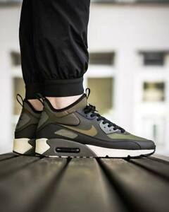 Nike-Air-Max-90-Ultra-Mid-chaussures-couleur-olive-vert-noir-taille-44