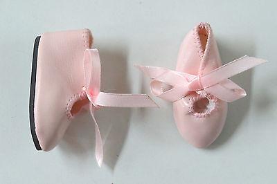 Chaussures  Long 62   Large 22     Simili cuir   Blanc    pour poupées anciennes