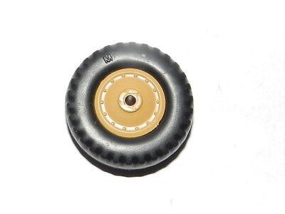 dinky 888 roue beige avec pneu M camion pétrolier saharien gbo berliet