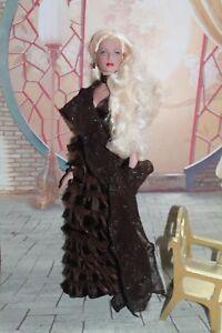 Tonner Doll Blonde Relookee Retour Exposition Etat Parfait