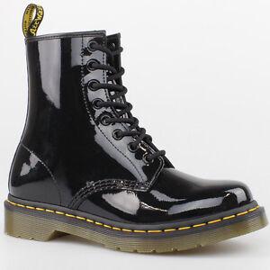 dr doc martens stiefel 8 loch boots black schwarz lack. Black Bedroom Furniture Sets. Home Design Ideas