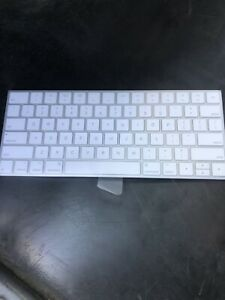 cf47ec7de36 Image is loading Apple-Magic-Keyboard-2-MLA22LL-A-Rechargeable-Wireless-