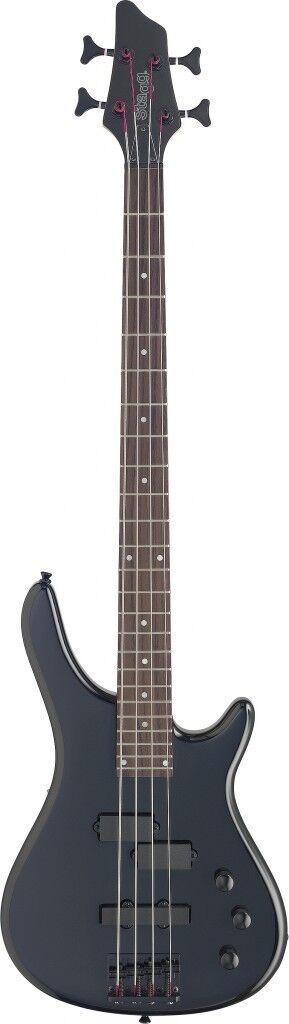 Stagg BC300-BK, 4-saitige E-Bassgitarre + Koffer, NEU