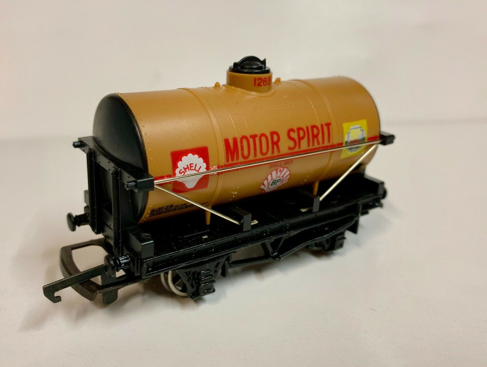 WRENN SHELL BP 4 wheel tanker wagon - W5061A - Brand New
