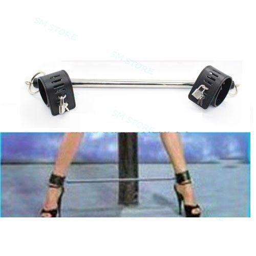 Detachable Restriant Slave Black//Red Ankle Cuff Spreader Bar Set