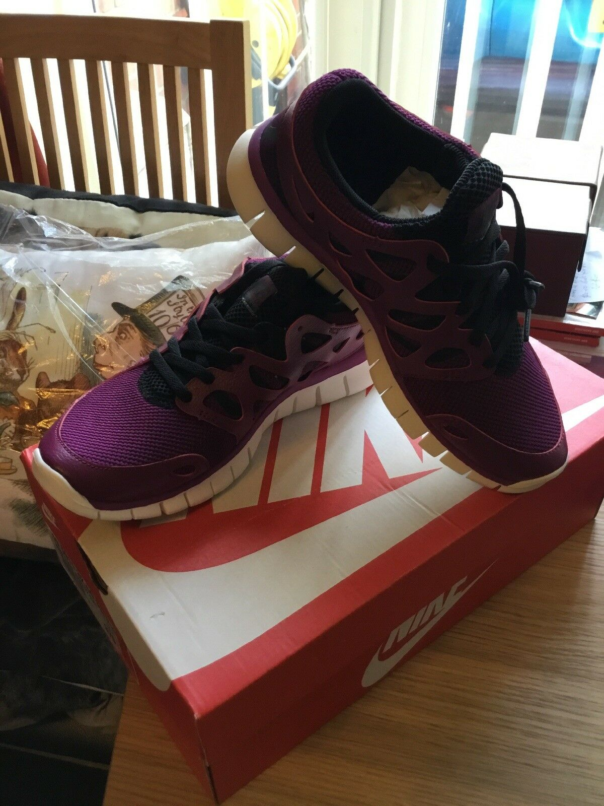 Nike Free Run 2 Trainers Size 4