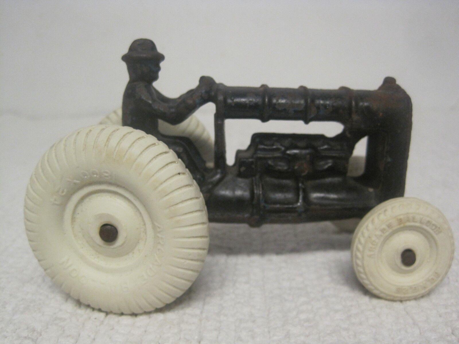 Vintage arcade  en fonte jouet tracteur avec original arcade Ballon Pneus & driver  économisez 60% de réduction et expédition rapide dans le monde entier