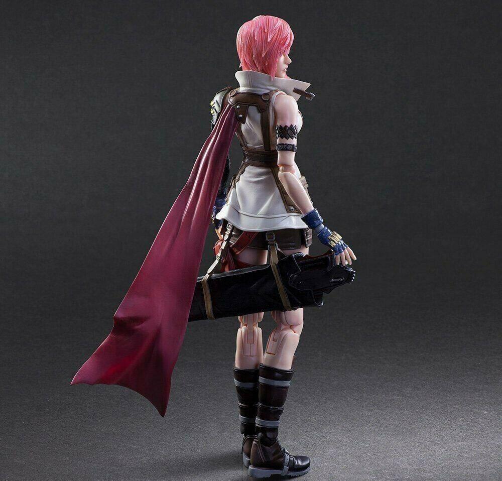 NEW Dissidia Final Fantasy Play Arts Kai Lightning Figure